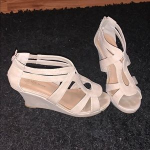 Top Moda Nude Wedges